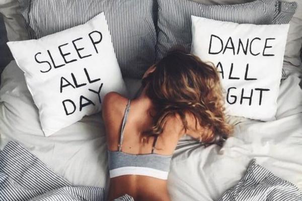 失眠怎么快速入睡 120秒入睡法