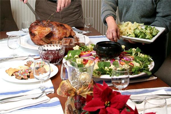 圣诞节吃什么传统食物 8人份大餐菜单