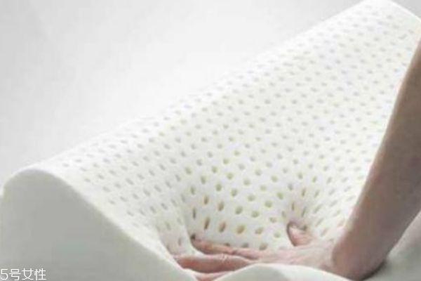 乳胶枕鉴别方法 4招鉴别是否为正品