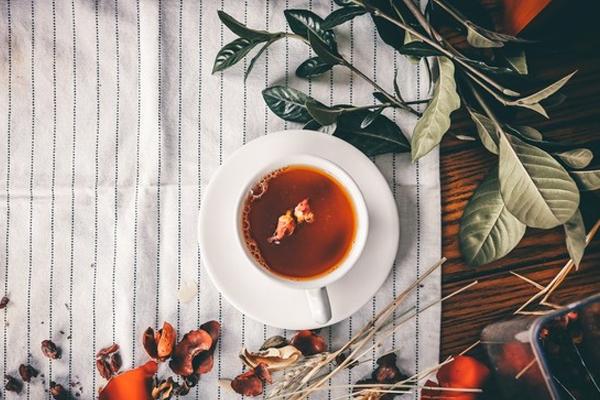 消面部水肿喝什么茶好 4款消除水肿的热茶饮