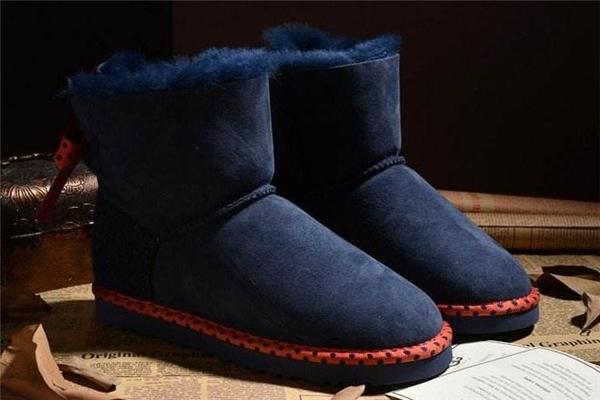 雪地靴为什么叫雪地靴 下雪穿的鞋子
