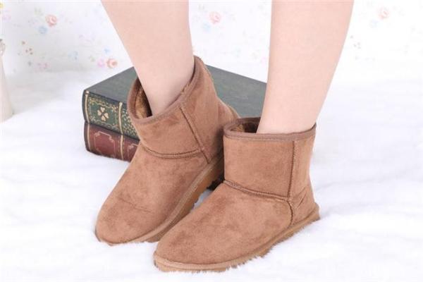 雪地靴为什么那么贵 材质很重要