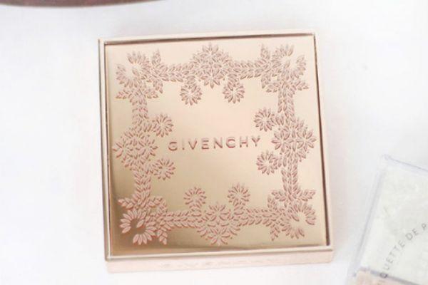 纪梵希四宫格圣诞款是什么颜色 纪梵希圣诞系列散粉