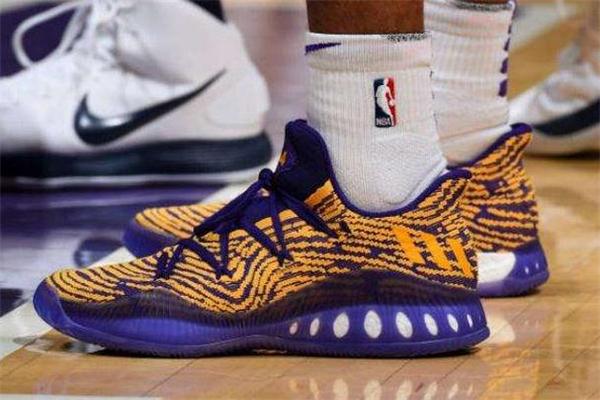 篮球鞋和运动鞋的区别 各方面都不一样