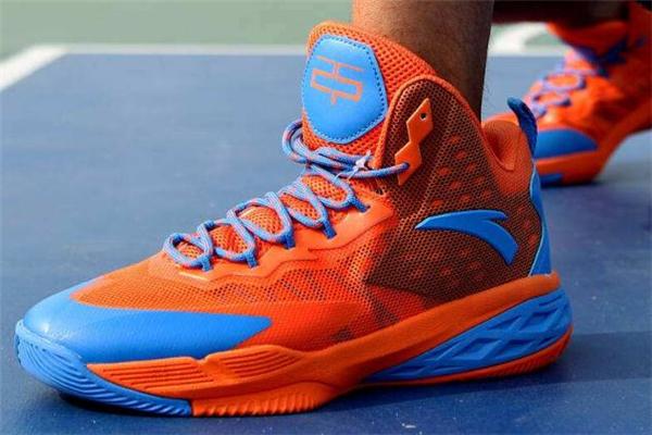 篮球鞋分为几种类型 常见有三种