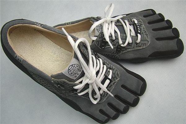 五指鞋的好处和坏处 运动更舒适