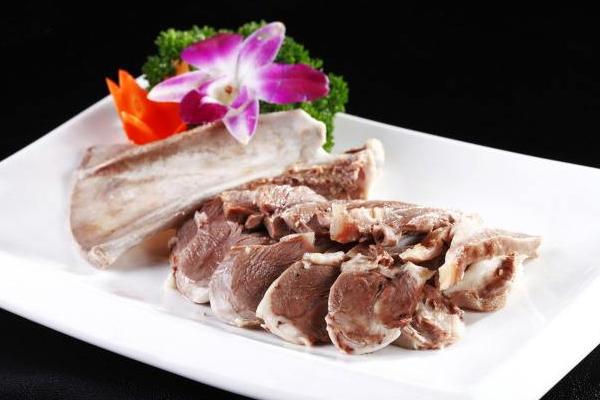 什么品种羊肉最好吃 羊肉品种挑选大全