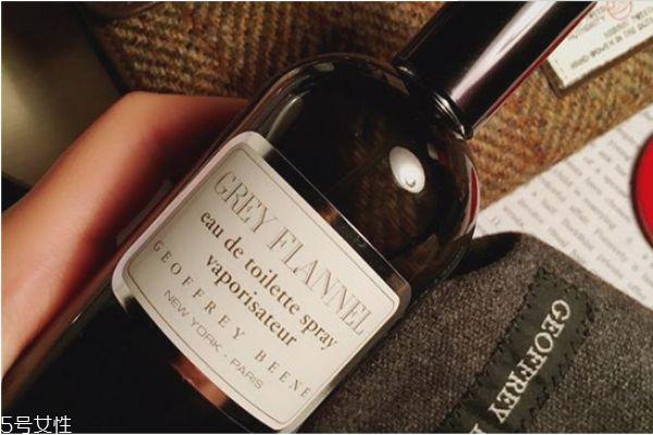 灰色法兰绒香水的价格 灰色法兰绒香水味道