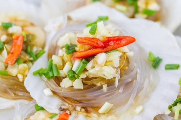 为什么扇贝比生蚝贵 因为扇贝更好吃