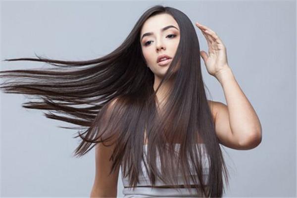 头发怎么护理柔顺光泽 头皮护理穴道按摩