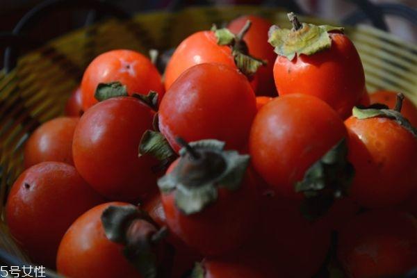柿子涩嘴怎么办 吃柿子要注意什么