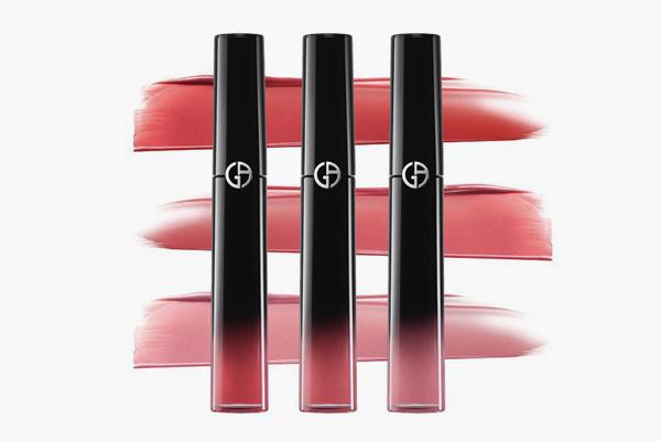 阿玛尼黑管唇釉哪个颜色最美 滋润黑管如何选色