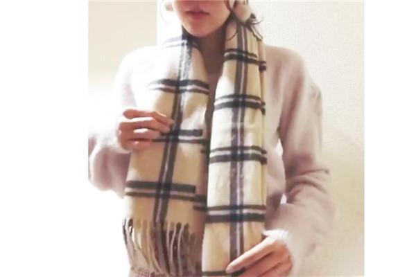 颈巾的系法图解 这2种系法日本超流行