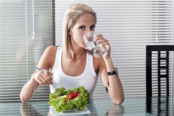 减肥运动的最佳时间是什么时候图片