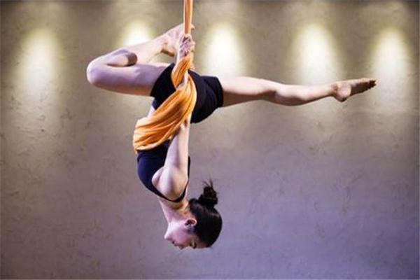 空中瑜伽多久练一次 每天都能练