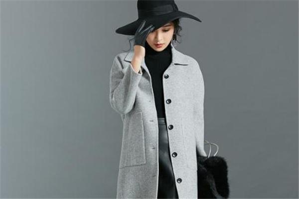 双面呢大衣冬天穿冷吗 看具体地区