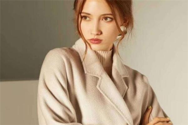 双面羊绒大衣如何存放 要保持干燥