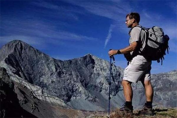 爬山后小腿肌肉酸痛怎么办 这样来恢复