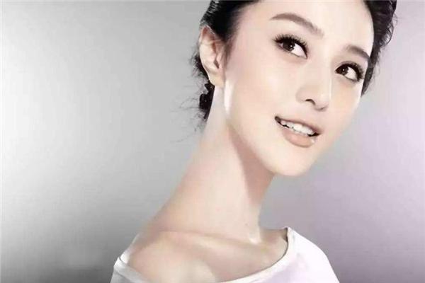 脖子多长才算天鹅颈 看自身比例