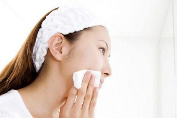 护肤品涂抹方法 这样让你的护肤品吸收加倍