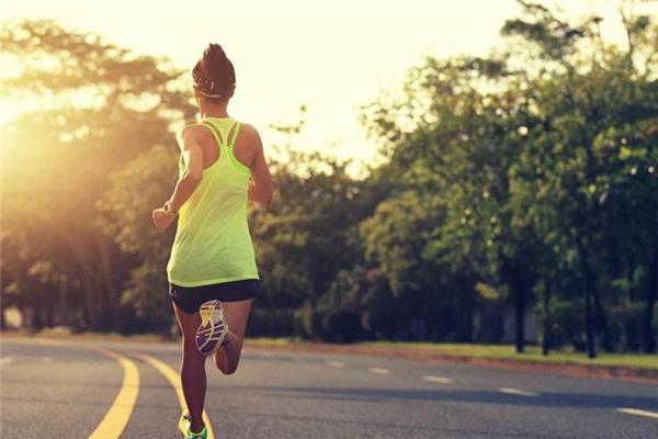 慢跑膝盖疼怎么办 要注意休息