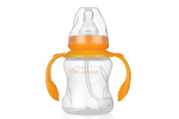 奶瓶里的吸管球正确使用方法 奶瓶里的吸管球的作用