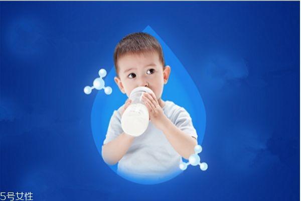 宝宝喝奶粉为什么便秘 宝宝吃奶粉便秘的原因
