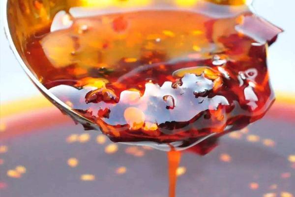 炸辣椒油油温多少度 220度左右最香