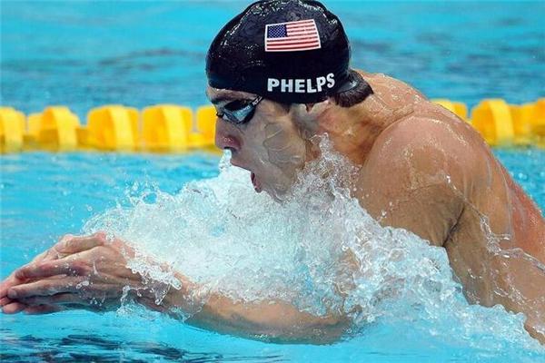 自由泳为什么腿部下沉 呼吸方式很关键