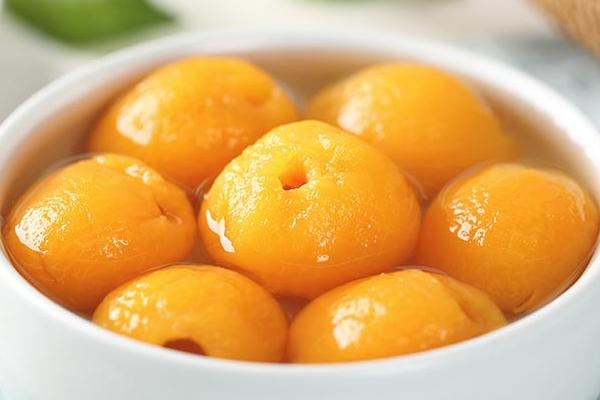 黄桃罐头是降火的吗 吃多了就上火