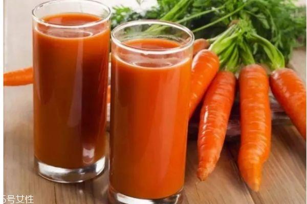 胡萝卜汁喝多了有什么副作用 胡萝卜的营养及功效
