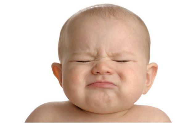 新生儿睡觉不踏实怎么办 新生儿不睡觉的原因