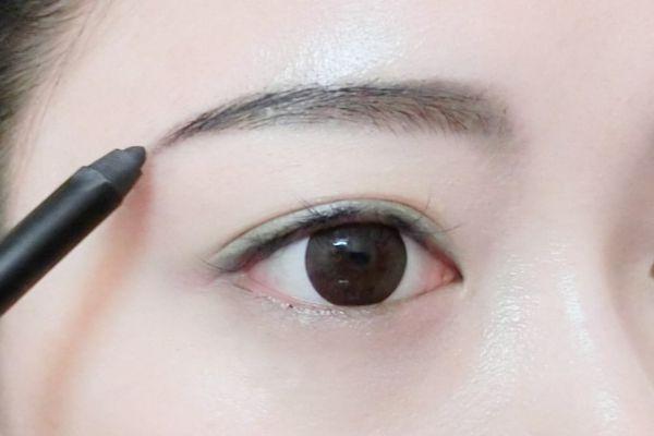 眉毛怎么画好看 最简单的一字眉画法