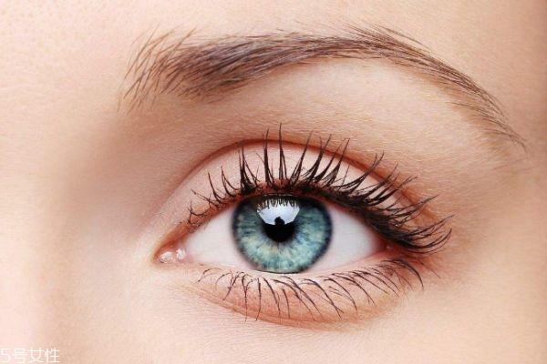 麦粒肿用什么眼药水 麦粒肿的早期症状
