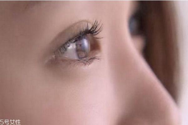 经常滴眼药水有什么坏处 经常滴眼药水有3大危害