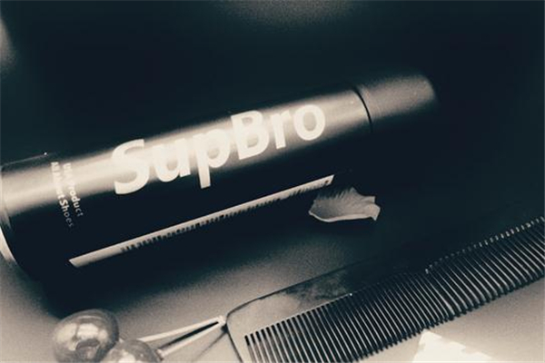 supbro喷雾怎么用 均匀喷洒在鞋面