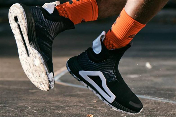阿迪达斯n3xt l3v3l鞋面怎么洗 要注意这些