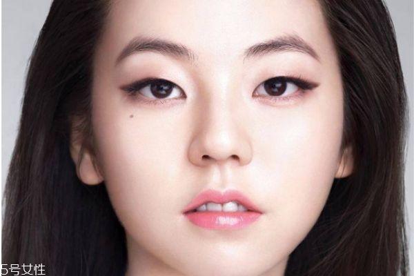 单眼皮怎么化彩妆 单眼皮化妆技巧