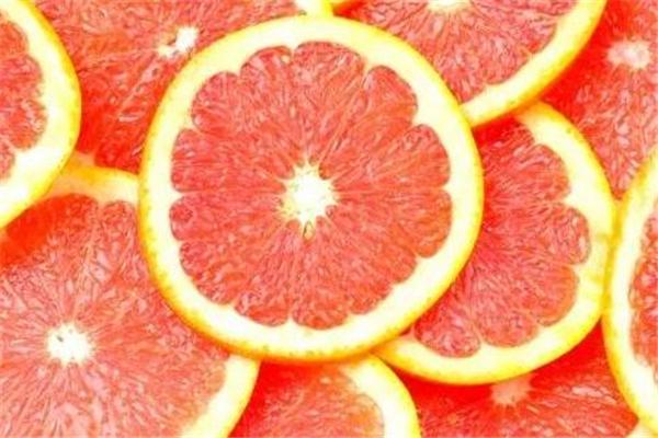 葡萄柚和什么榨汁好喝 有这几种选择
