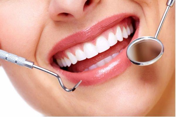 冷光美白牙齿多少钱 冷光美白牙齿后注意事项