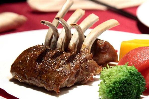 台塑牛排是哪个部位 取自于肋骨