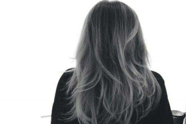 答案是否定的.只对头发进行色处理,也是可以染出漂亮的灰棕色的