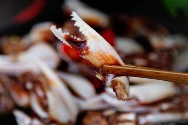 醉蟹钳是生的还是熟的 传统做法是生的