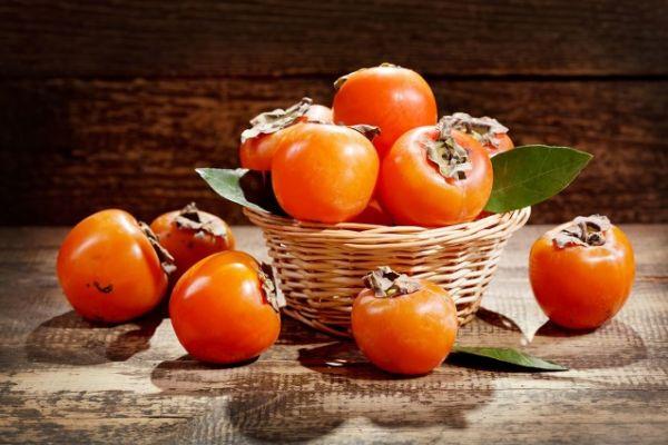 皮肤过敏能吃柿子吗 四类人不宜多吃柿子