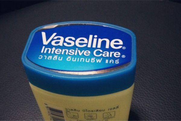 凡士林的作用有哪些 凡士林的作用与用途