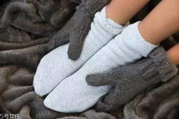 冬天手脚冰凉怎么办 冬天手脚冰凉怎么调理