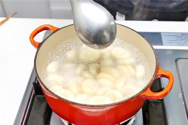 怎样煮冷冻汤圆 煮冷冻汤圆不裂开技巧