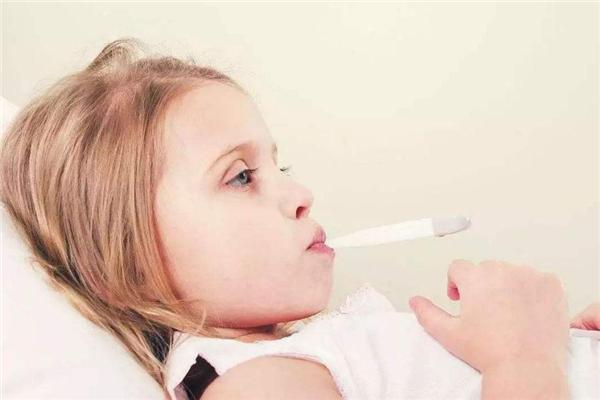 怎样给宝宝按摩预防冬季感冒