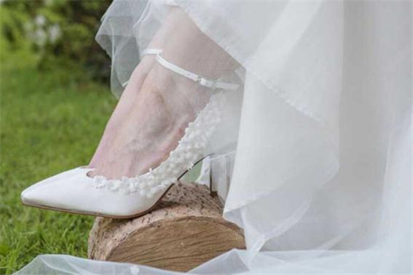 rainbow club鞋怎么样 户外婚礼必备婚鞋