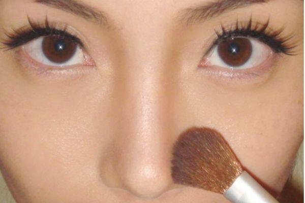 挺拔鼻子怎么画 怎么画鼻影显立体
